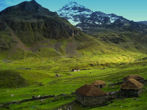(c) Q'ero village